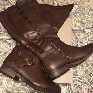 Maurice's Burgundy/ Brown boots